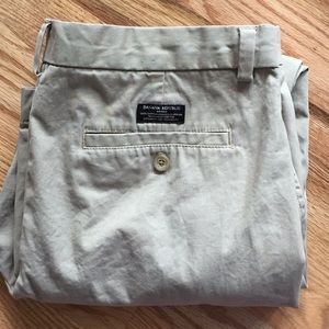 Other - Banana republic factory 36x32 Aiden chino pants